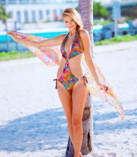 Beach-Society-Bikini-girl-sexy-beach-haulover-Miami-8840